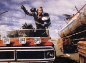 road-warrior-mad-max-2-car-chase